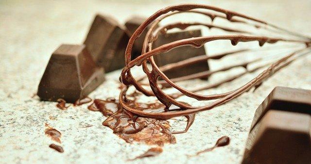 blok czekoladowy z wiśniami
