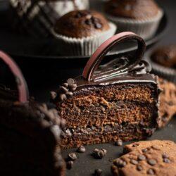 ciasto czekoladowo truskawkowe